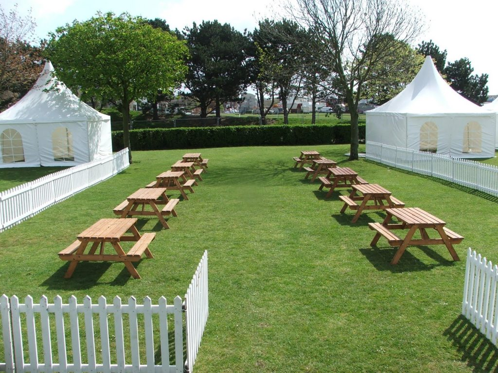 Picnic Bench Hire Eco Furniture Hire London