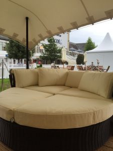 Rattan-Daybeds-Hire-london